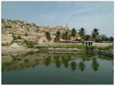 Avani temple tank