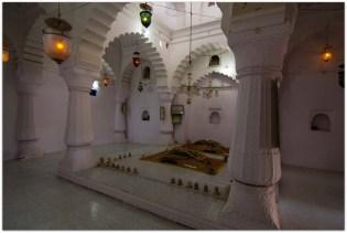 Dargah: Daulatabad fort : Aurangabad