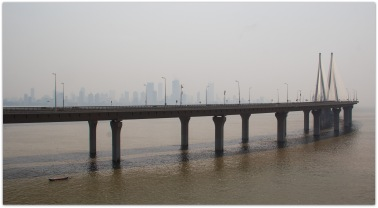 Mumbai : Worli Sea Link