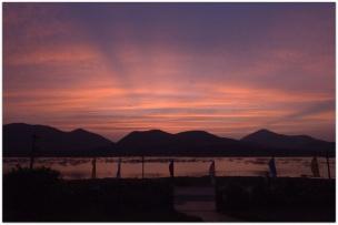 Sunset outside Vontimitta temple